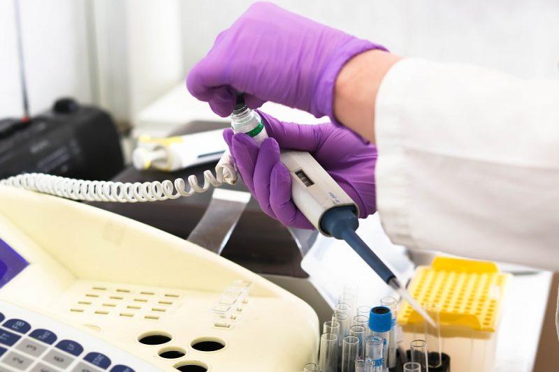 лаборатория-больница-лечение-анализ