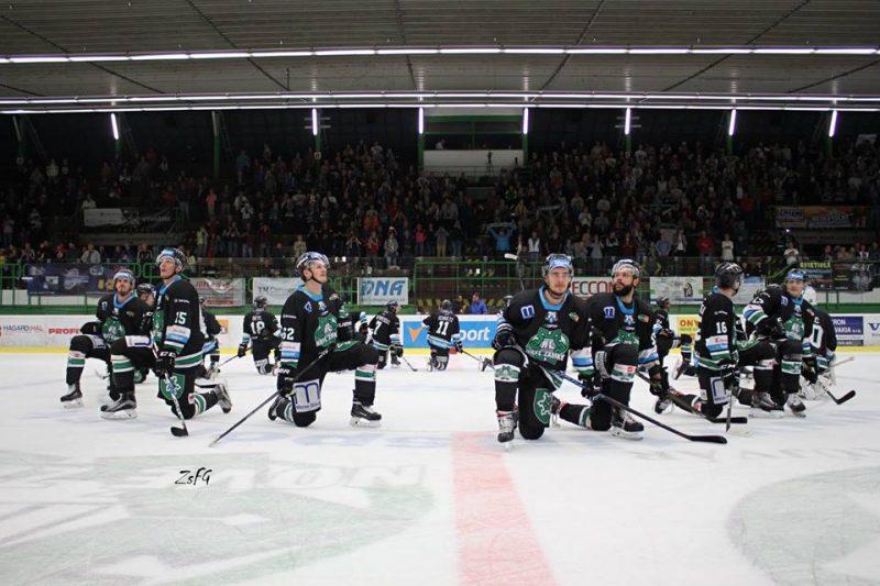 нове-замки-хоккей