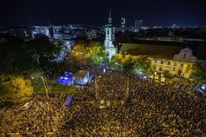 акция-протеста-братислава-куцяьк