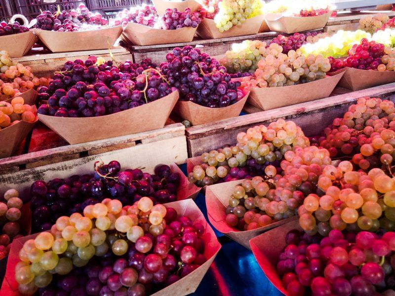 виноград-фрукты