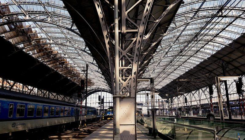 вокзал-поезд-прага