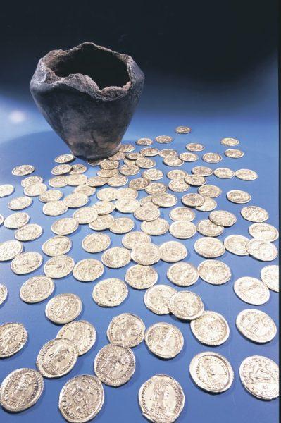 клад-византийские-монеты-биня
